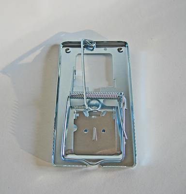 100210 Rotteklapfælde metal.jpg