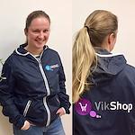 Jakke med VikShop logo